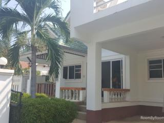 Villas for rent in Hua Hin: V5053