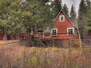 Gagne Sunnyside Rental Cabin - Hot Tub, Tahoe City