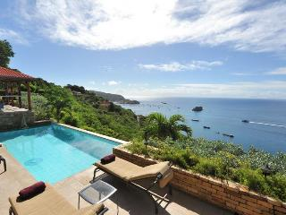 Heavenly Sunsets, Ideal for Couples, Private Pool & Huge Outdoor Terrace, Anse des Flamands