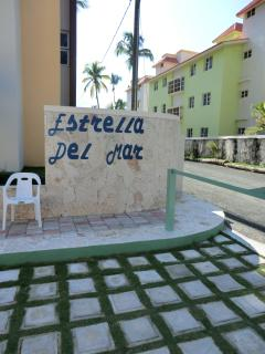 entrance to Estrella del Mar