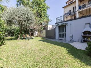 Villa Privata con Giardino Milano