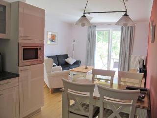 LLAG Luxury Vacation Apartment in Wiesenburg - 646 sqft, tranquil, quiet