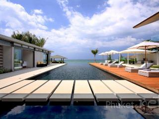Sublime Beachfront Villa in Natai, Khok Kloi