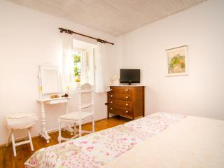 Rooms Lavanda & Ruzmarin- Double Room 2