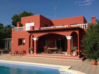 Finca del poeta, cozy country house at Km4 from Ibiza to San Jose