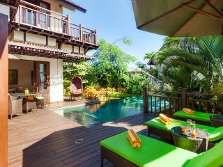 Private beach, grill BBQ, gym. Villa Gita Ungasan