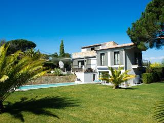 Villa Camélia - A 2 minutes du Village -, Saint-Tropez