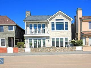 Beautiful 5 Bedroom Oceanfront Single Family Home! (68301), Newport Beach