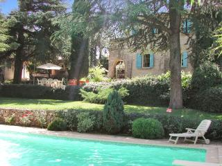 Gorgeous villa with pool and garden, Saint-Maximin-la-Sainte-Baume