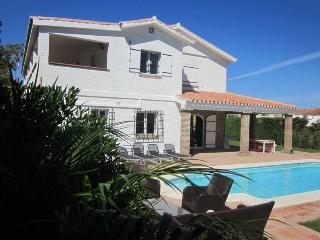 Private villa, up to 8+3 beds, Benalmadena