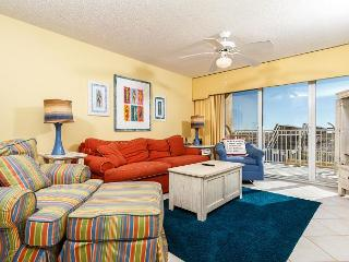 GD116: SEAS THE DAY and book the perfect beach GETAWAY in this stellar CONDO!, Fort Walton Beach