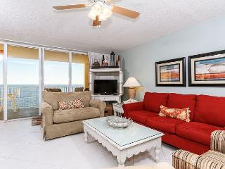 DP702:UPSCALE BEACH FRONT 2 BEDROOM, FREE BEACH CHAIRS DAILY, Fort Walton Beach
