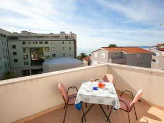 Apartments Premeru Makarska for six persons
