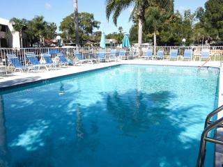 Lake Tarpon Villas, Palm Harbor
