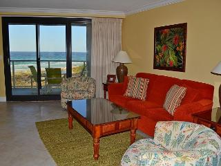 Sit in your beach chair in front of this Gulf/beach front condo for a week!, Miramar Beach
