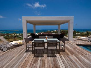Swanky New 4 Bedroom Villa in The Orient Bay Beach Area.