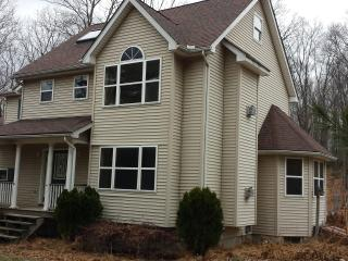 5 Bd Home, Totally Privacy, 10 acre, Secluded, Brodheadsville