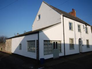 Character annexe in picturesque village sleeping 2, Axmouth