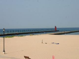 22 Lakeshore - Best View in South Haven