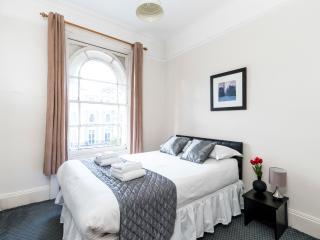 *BUDGET* 2 bed -- HYDE PARK!! --, Londres