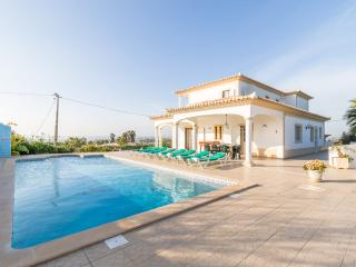 V4 Agapito - 4 Bedrooms Villa with pool, Guia
