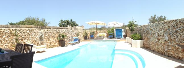 Pool Area panorama