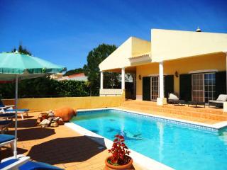 V3 Monte Canelas, 3 Bedrooms villa with pool, Portimao