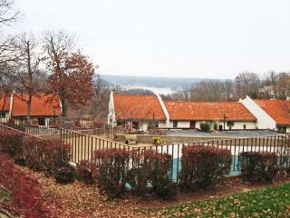 Four Seasons Racquet & Country Club, Lake Ozark