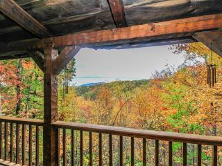 Smoky's Mountain View Cabin, Gatlinburg