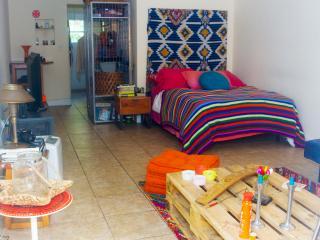 Very cozy,Clean Studio In Miami Beach !!!