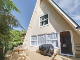 Awesome 3 Bed Rotorua Lake House