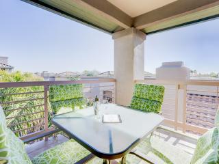 Modern, Luxury, Golf Resort Style Scottsdale Condo - Summer/Fall Available