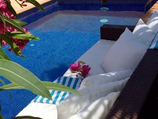 Villa Caprice, Breathtaking  Sea & Golf Course Vie