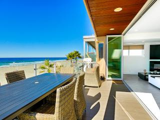 Ocean Front Walk – Unit B, Sleeps 6, San Diego