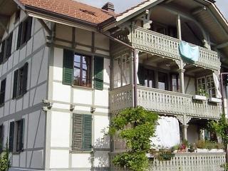 Navah, Uetendorf
