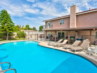 Grand Pool Home for 19+ guests Disney, Anaheim