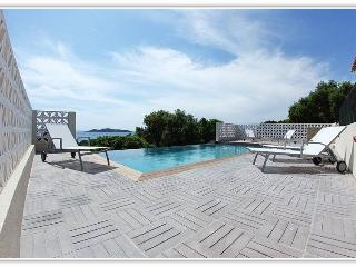 Villa Rosalinda, à 250m de la plage, au calme, Sainte Lucie de Porto-Vecchio