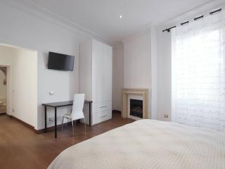 Gorgeous flat @ Historic Center - 6 people, Rome