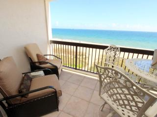 OCEANFRONT LUXURY!  2 BR, 2 BA RIGHT ON THE SAND., Pompano Beach