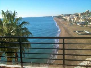 apartamentos a 50 metros de La Carihuela, Torremolinos