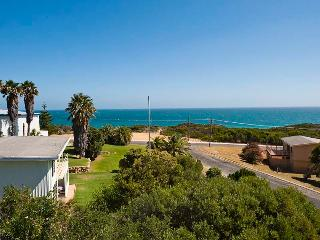 Ocean Vista - Large Modern Home With Ocean Views., Guilderton