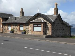 Pier Cottage - short stays possible, Rothesay