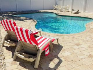 Cottage Green Palm - book now and get a $25Voucher, Fort Myers