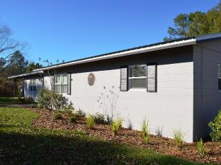 BRAND NEW REMODEL! Panhandle of Florida, Laurel Hill