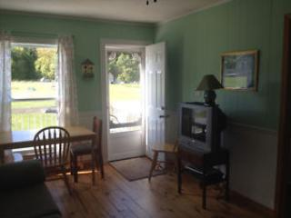 Inside Living area cottage 9