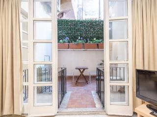 Giulia Penthouse Apartment, Rome