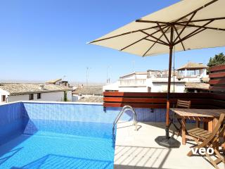 San Jose Penthouse. 3 bedrooms, terrace pool, Granada