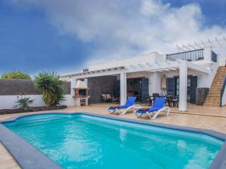 Villa Rohan - Fantastic modern villa with pool