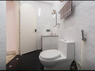 Modern en-suite baths with all rooms with separated shower areas, 24 hrs hot & cold water