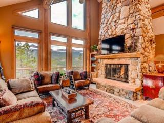 5-Star Luxury Single Family Home-5 min to Gondola-WoW Views from Hot, Breckenridge